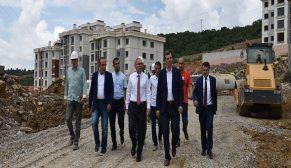 TOKİ Başkanı Ergün Turan, Kocaeli şantiyelerinde incelemelerde bulundu