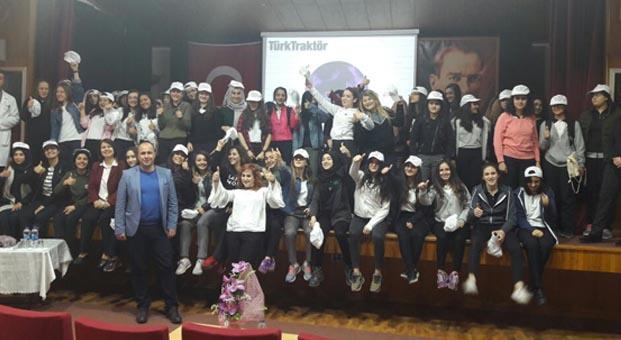 TürkTraktör, Bursalı kız öğrencilerle buluştu