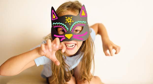 Çocuklar Trumpland'de maske tasarlayacak