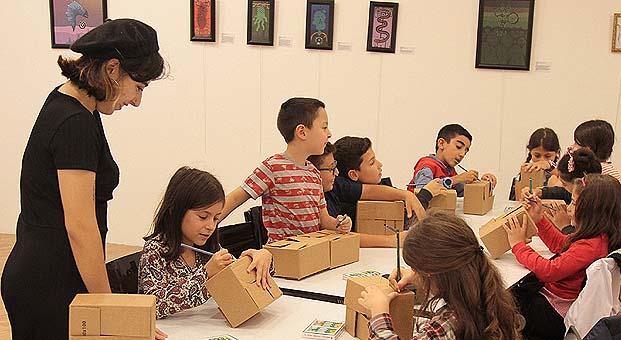 Çocuklar Türk mitolojisinin sevimli canavarları ile tanışıyor