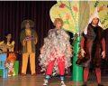 Çocuklar rengarenk kuş evleri yapacak ve ücretsiz tiyatro izleyecek