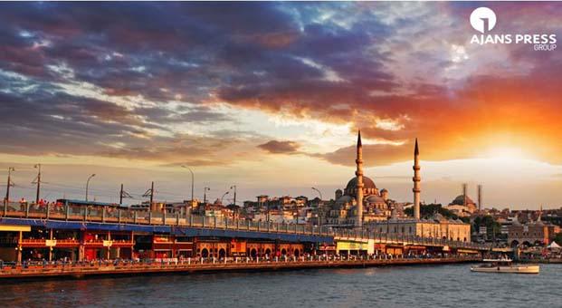 İstanbul'a 7 milyon yabancı turist geldi