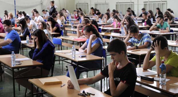 LGS'de başarılı öğrencilere burslu eğitim fırsatı