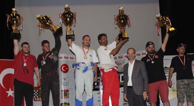 Veziroff'da kazananlar ödüllerini aldı