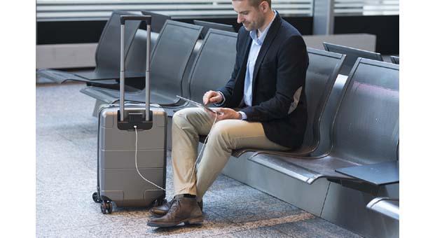 USB'li valizler ile şarj sorunu ortadan kalkıyor