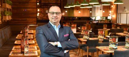Tavuk Dünyası Kars'taki ilk restoranını açtı