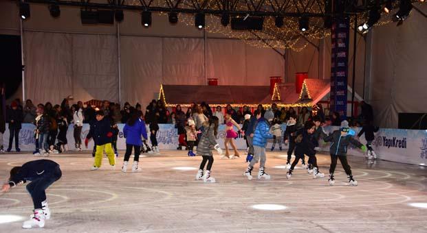 Ünlü isimler 'İstanbul Winter Dream' açılışında buluştu