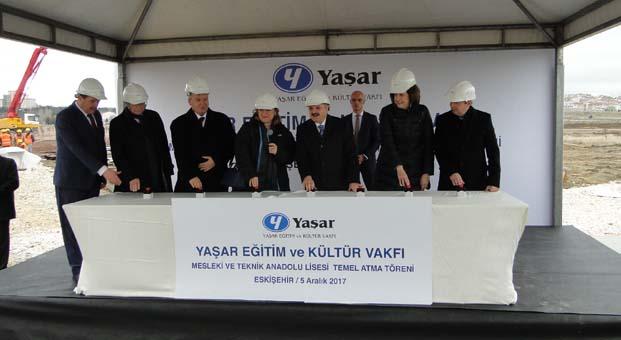Yaşar Eğitim ve Kültür Vakfı 8'inci okulun kemelini attı