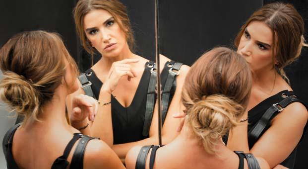 Yelda Kırçuval: İnsanlar en sevdiklerini ezip başkalarına köle olmaya can atıyorlar