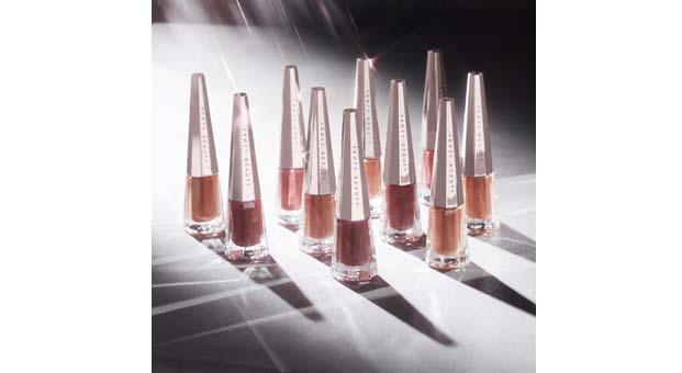 Fenty Beauty, Stunna Lip Paint Likit Ruj 4 yeni rengi ile sadece Sephora'da