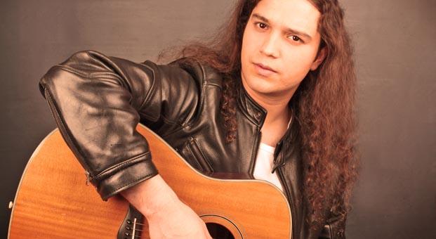 Yusuf Uğurer'den 12 aya 12 single
