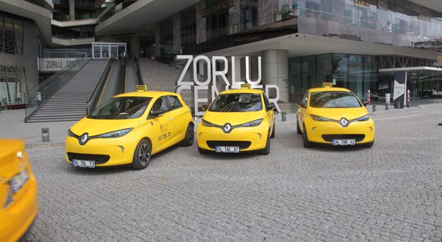 Zorlu Center'da elektrikli taksi dönemi başladı